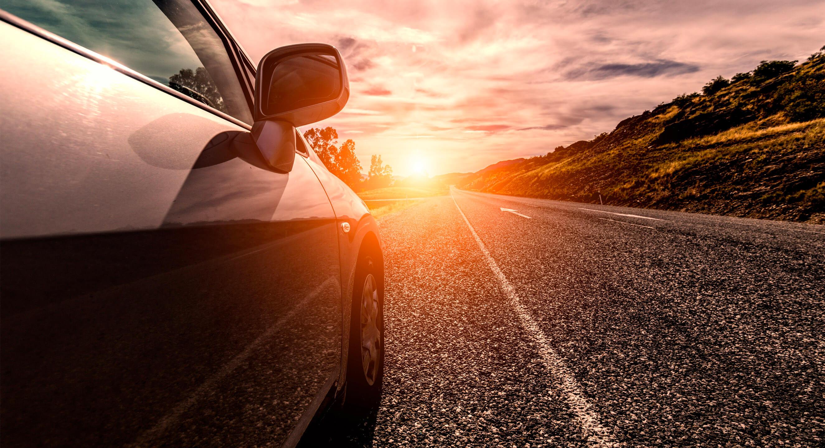 carros usados medellin carro carretera atardecer